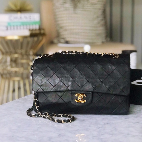 CHANEL Handbags - Vintage Chanel Medium Double Flap Lambskin